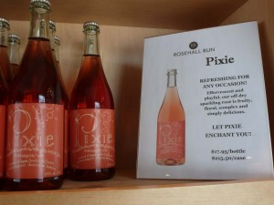 Pixie sparkling rose, a perfect match with Christmas morning eggs.
