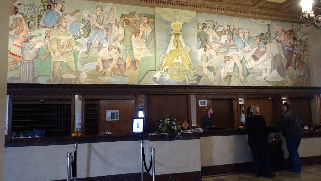 Mural depicting Syracuse's history.