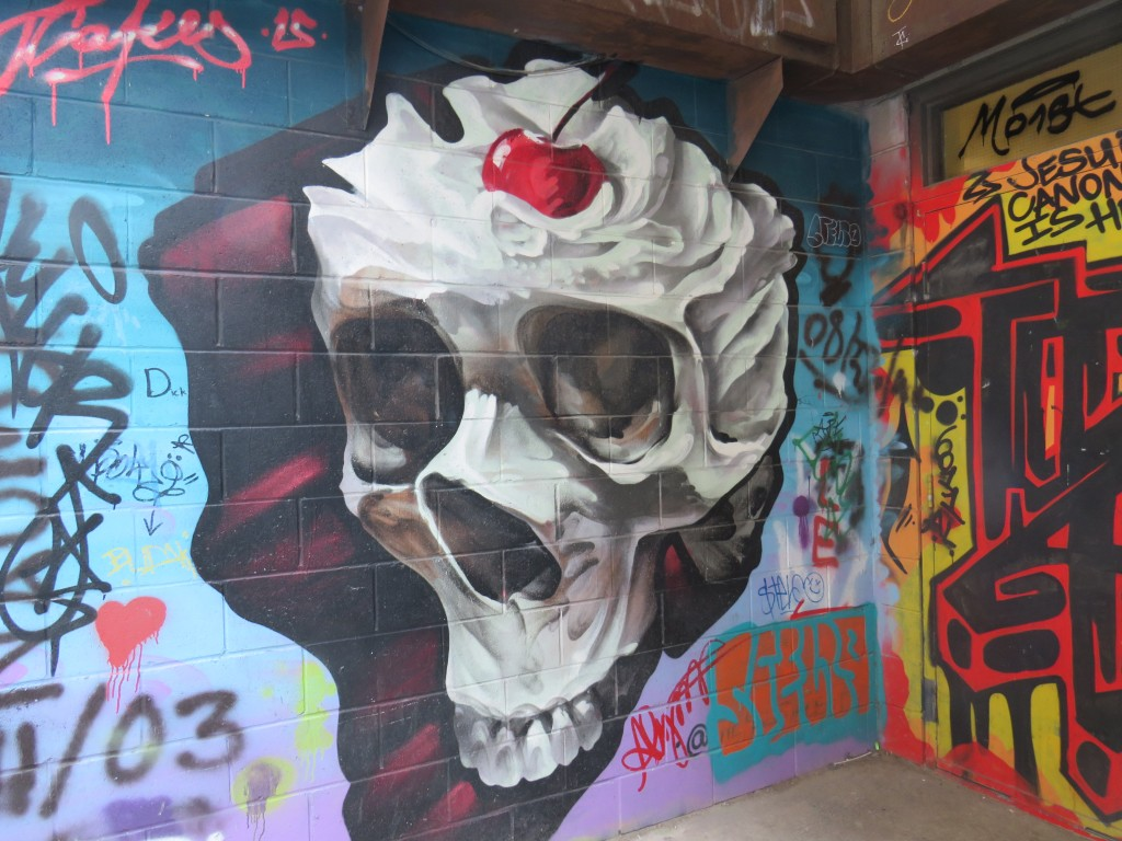 GraffitiAlleySkull