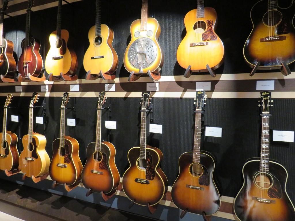 GuitarGallery-Wall