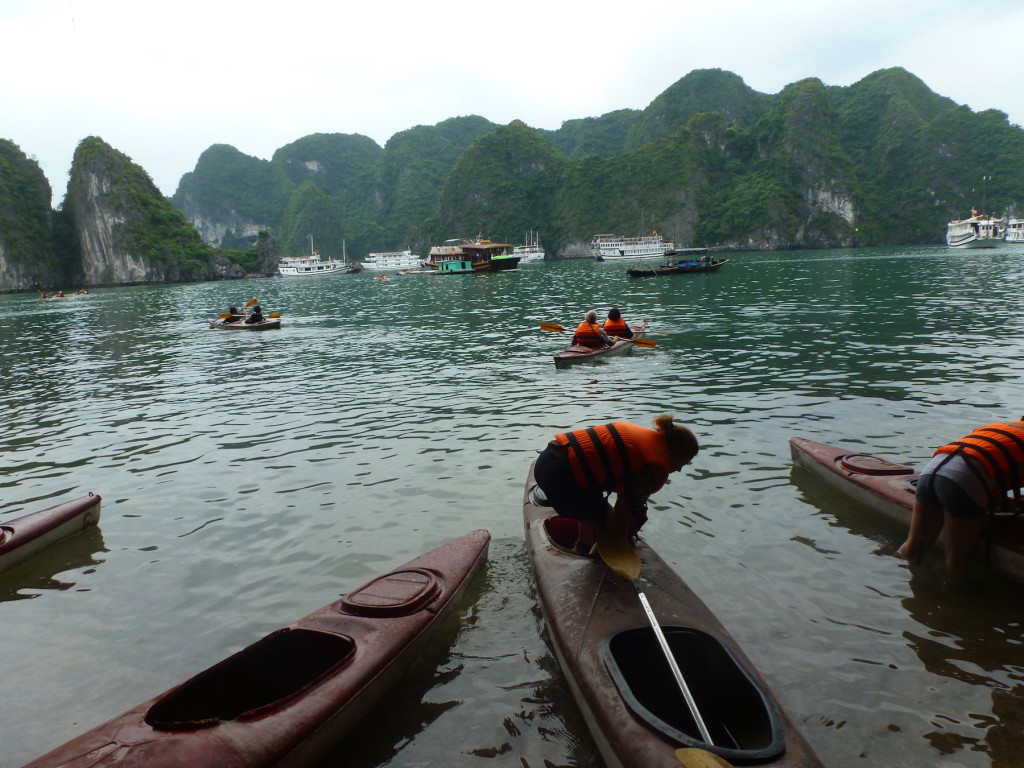 HaLongKayaking copy