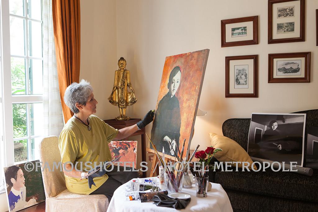 joan_baez_painting-famoushotels